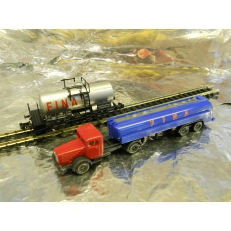 ** Fleischmann 838426 Fina Tanker Wagon and Matching Lorry - Set Pack