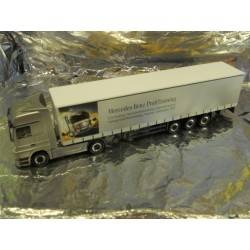 ** Herpa 294621 Mercedes Benz Actros LH Curtain Canvas