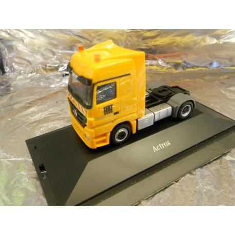 """** Herpa 288750 Mercedes Benz Actros LH Rigid Tractor """"IFAT"""""""