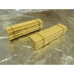 ** Heico 220425 2 x Stack of Wooden Poles 40mm TT / N