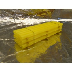 ** Heico 08750 Stack of Plastic Pipes on Wooden Planks TT / HOe / HO / 00 90mm