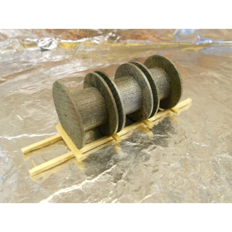 ** Heico 08792 3 x Empty Cable Drums on Wooden Pallet 95mm TT / HOe / HO / 00