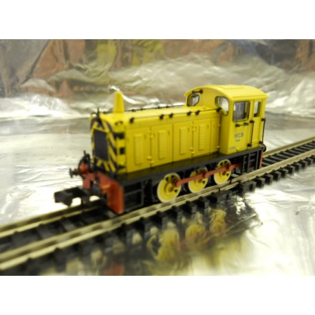 Graham Farish 371-054 Class 04 D2332 Lloyd NCB Yellow
