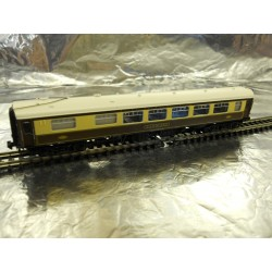 ** Graham Farish 374230D N Scale BR MK1 SK Pullman Second Kitchen Car 340 Umber & Cream.