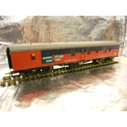 ** Bachmann 39-183 BR Mk1 Full Brake BG NF Res Livery Grey/Red