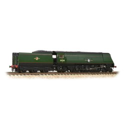 ** Graham Farish 372-312 Merchant Navy Class 35028 'Clan Line' BR Green L/Crest