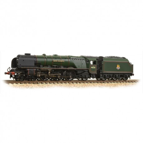 ** Graham Farish 372-181A Princess Coronation Class 46221 'Queen Elizabeth' BR Green Early Emblem
