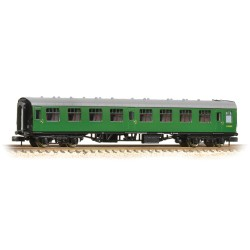 ** Graham Farish 371-051D x 2 BR Mk1 SK Second Corridor (SR) Green