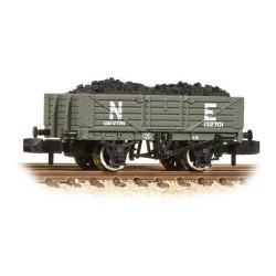 ** Graham Farish 377-062 x 2 5 Plank Wooden Floor Wagon NE with Load
