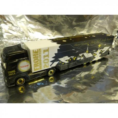 """** Herpa 158992  Mercedes-Benz Actros 2011 Giga Box Semitrailer """"Herpa Weihnachten 2011""""."""