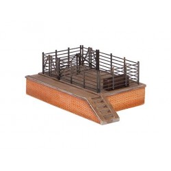 ** Graham Farish 42-003 x 1  Scenecraft Cattle Dock (Pre-Built)