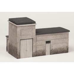 ** Bachmann 44-0026  x 1 Scenecraft Electrical Relay Room (Pre-Built)