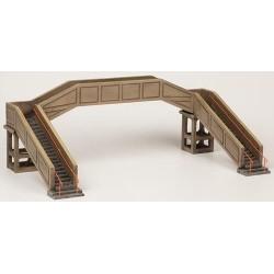 ** Bachmann 44-0044  x 1 Scenecraft Concrete Footbridge (Pre-Built)