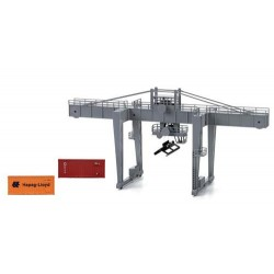 ** Lima HL8000 Container Crane with Containers (Pre-Built)