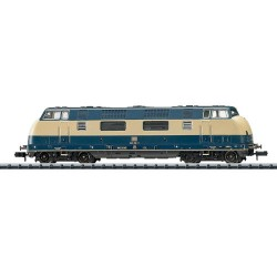 ** Minitrix 16222 DB BR220 Diesel Locomotive IV (DCC-Fitted)