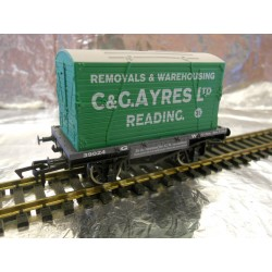 ** Dapol 4F-037-104 Conflat & Container C & G Ayres
