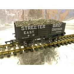 ** Dapol 4F-052-027 5 Plank Wagon 9' Wheelbase Streeter Bros