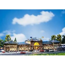 ** Faller 110113 Bonn Station Kit I