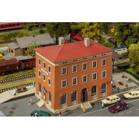 ** Faller 110135 Weisenbach Station Kit I