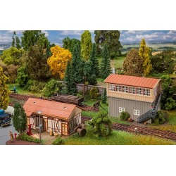 ** Faller 120113 Signal Tower & Goods Shed Kit III