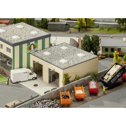** Faller 130197 Milk Unloading Station with Weighbridge Kit V