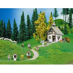 ** Faller 130235 Chapel with Wayside Crosses Kit II