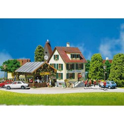 ** Faller 130269 Village Inn with Pergola/Bandstand/Table/Chairs Kit II