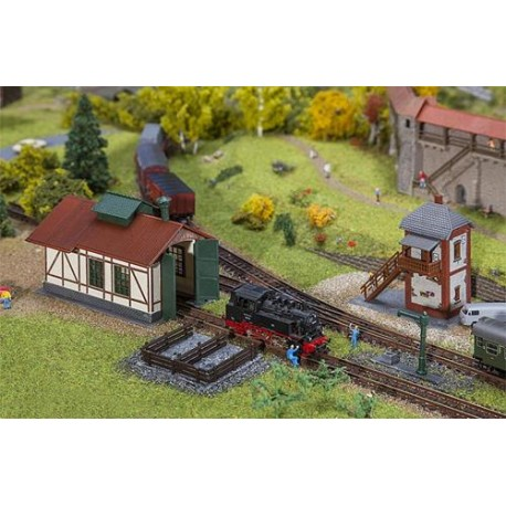** Faller 222108 Branch Line Engine Shed with Block Post Kit II