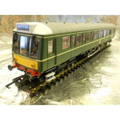 ** Dapol 4D-009-002 Class 121 BR Green Small Yellow Panel W55028