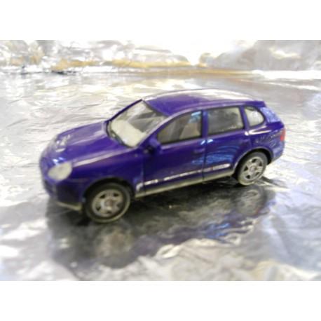 ** Herpa 023146  Porsche Cayenne S.  ( Metallic Blue ).