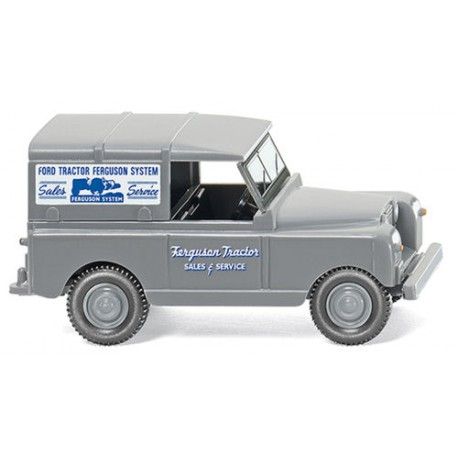 ** Wiking 010003  Land Rover Ferguson Tractor Sales & Service