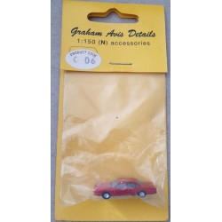 ** Graham Avis Details C06 Saloon Red Car 1:150 N Scale