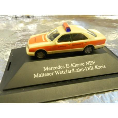 ** Herpa 1006 Mercedes E-Class NEF