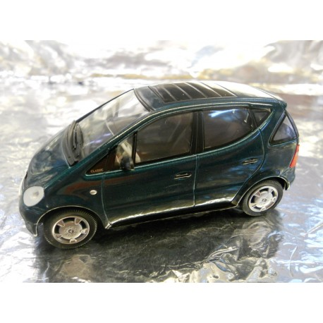 ** Herpa 070546 Mercedes Benz A-Class with Rolling Top, Turmalin Green Metallic