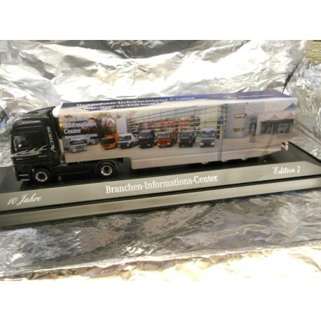 ** Herpa 299305  MB Actros LH 08 Box Trailer  BIC-Herpa