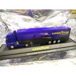 ** Herpa 267083 Volvo FH12 GL XL Box Semitrailer Goodyear