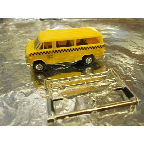 ** Trident 90146  Yellow Cab Taxi Bus