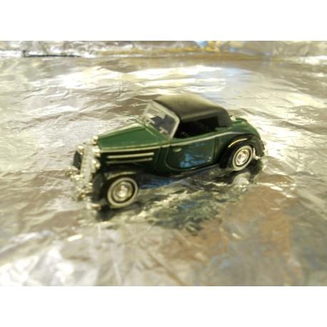 ** Busch 40508-1 Mercedes 170S  Cabrio.