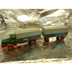 ** Brekina 71160 Lorry and Trailer ' Guterkraft Verkehr Berlin '