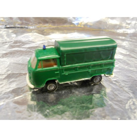 ** Brekina 33901 VW T2 Truck with Canopy  Green