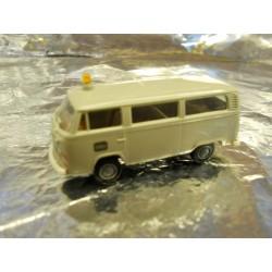 ** Brekina 33021 VW Minibus DB Light Grey