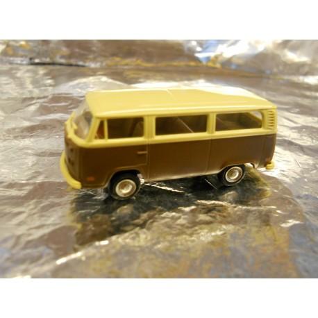 ** Brekina 33001 VW T2 Mini Bus Brown/Cream
