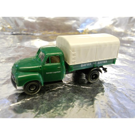 ** Brekina 35070 Delivery Lorry with Canopy Green Baywa Lagerhaus