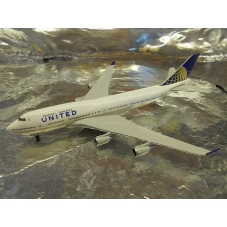 ** Herpa Wings 518581-002 United Airlines Boeing 747-400