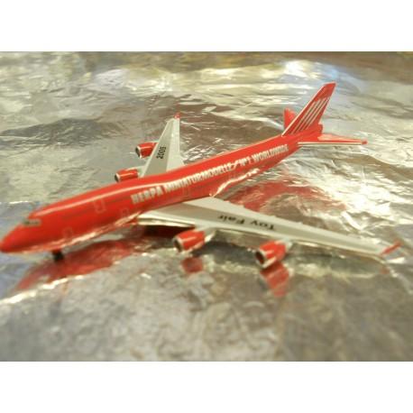 ** Herpa Wings 600001 McDonnell Douglas MD-11 Nuremburg Toy Fair 2008
