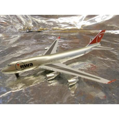 ** Herpa Wings 470087 Northwest Airlines Boeing 747-400 (Magic)