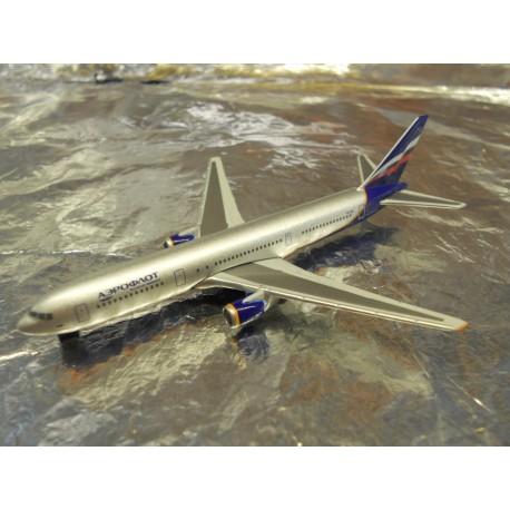 ** Herpa Wings 470018 Aeroflot Boeing 767-300 (Magic)