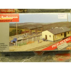 ** Auhagen 12402  Rural Building Material Distribution Centre Kit