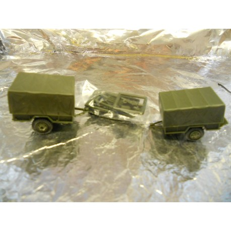 ** Minitank 462  Anhager Set M101 + M105.