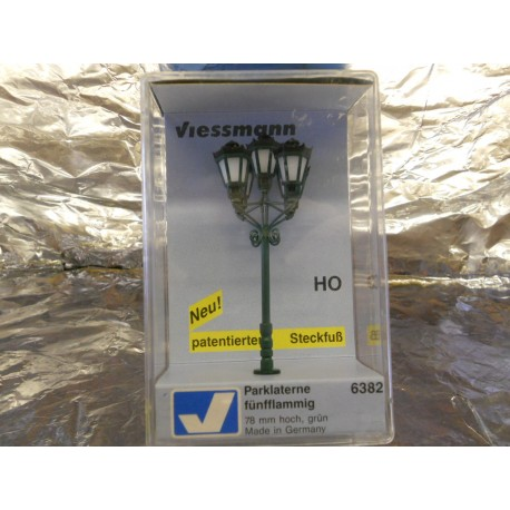 ** Viessmann 6382  Park Light with 5 Lanterns 78mm High Green 12-16 Volts